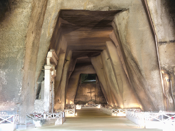 Maggio dei Monumenti, Napoli4Families e Cimitero delle Fontanelle: le propost...